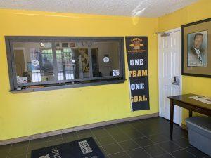 A Better Bail Bond Holmestead lobby